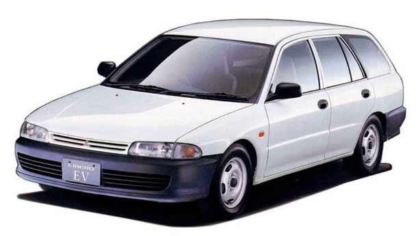 Кузовной ремонт Mitsubishi Libero
